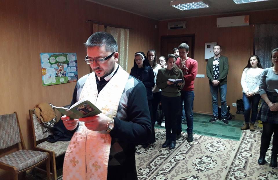 Молебень під керівництвом отця Миколи Микосовського