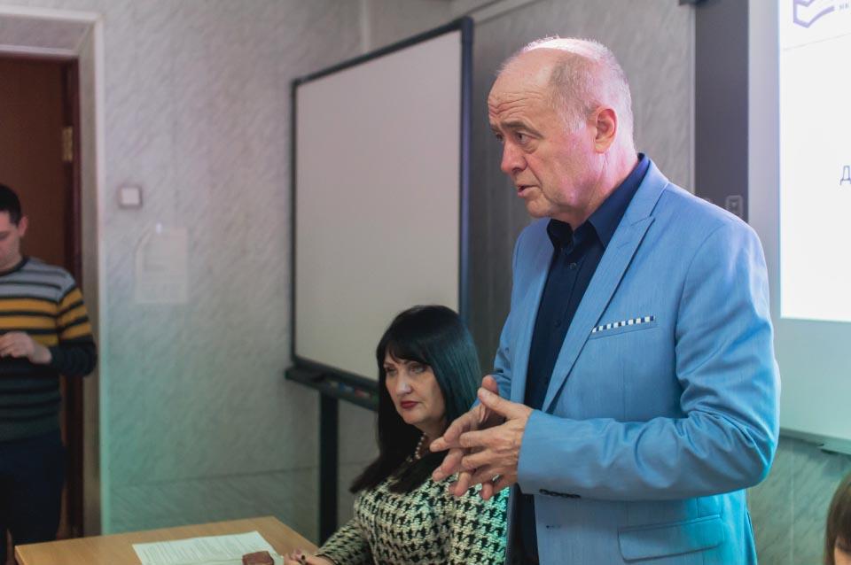 Директор Харківського регіонального центру оцінювання якості освіти Олександр Сидоренко