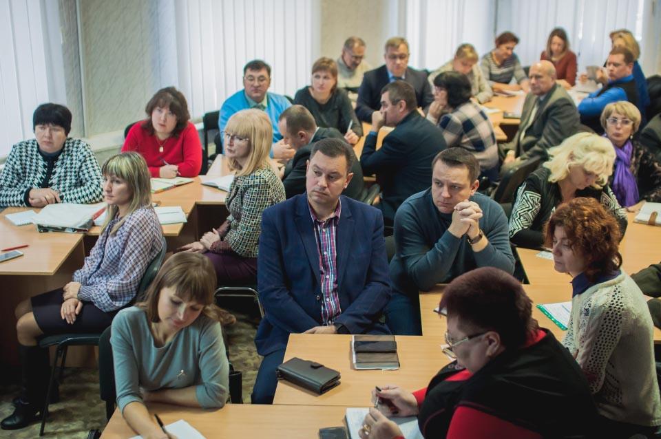 Директори професійно-технічних та вищих навчальних закладів 1-2 ступеня