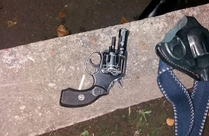 Попередньо — револьвер «Скат» під 6-міліметровий стартовий холостий патрон