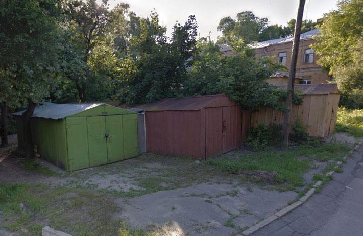 Гаражі у провулку Госпітальному | Джерело: Google Street View