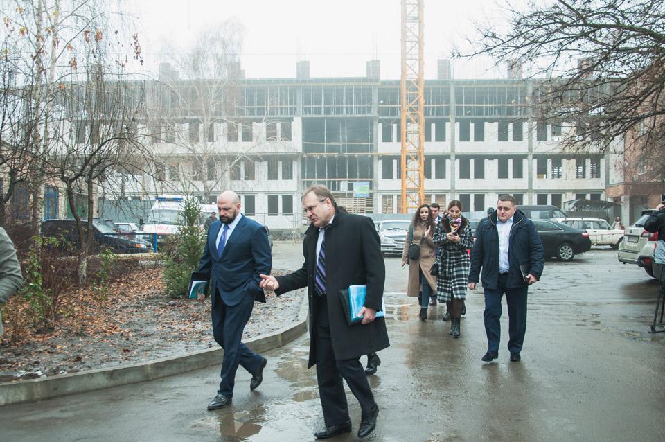 Лев Парцхаладзе відвідав будівництво кардіодиспансеру