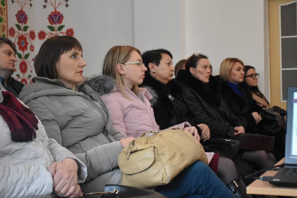Учасники делегації з Чернівеччини та Запоріжжя на презентації