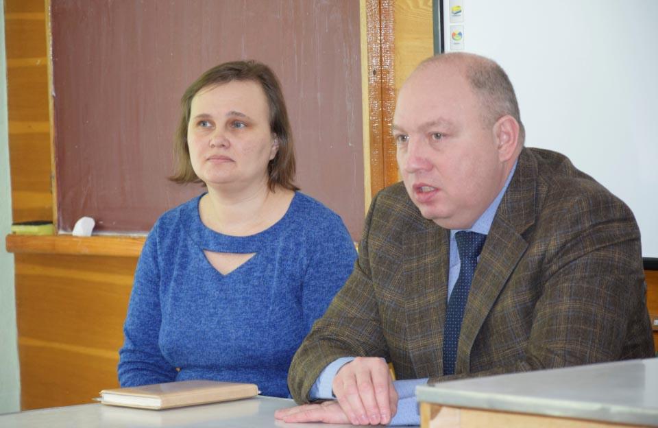 Голова Полтавської РДА Ігор Карімов та голова Терешківської сільради Наталія Туркеніч