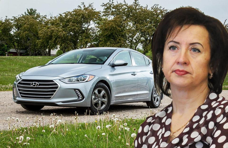 Світлані Тарашевській вручили адмінпротокол за невчасне повідомлення про придбання автомобіля
