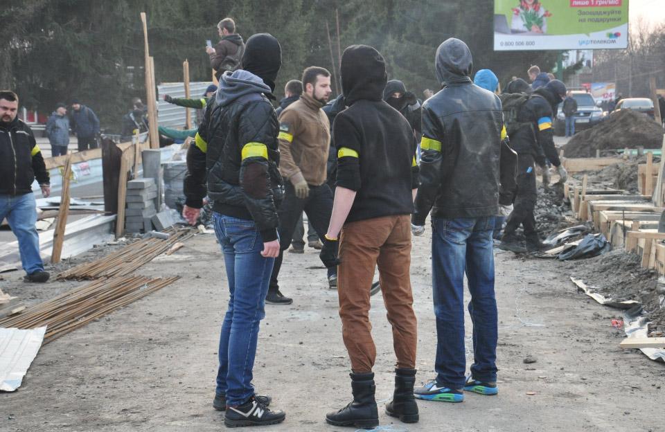 Юліан Матвійчук на акції протесту щодо будівництва МАФу біля універсаму «Полтава»
