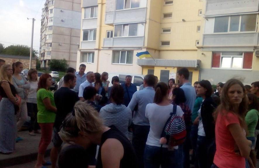 Жителі вулиці Біліченка у Щербанях прийшли на зустріч з сільським головою Ігорем Проциком