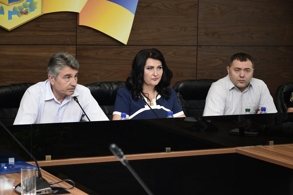 Олег Пругло, Олена Харченко та Сергій Макєєв