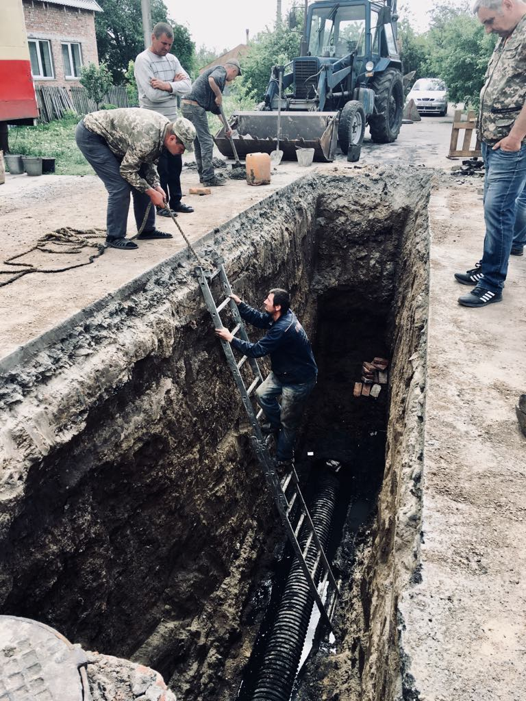 Обвал самоплинного колектора на вул. П'ятикопа у м. Лубни. (травень 2018)