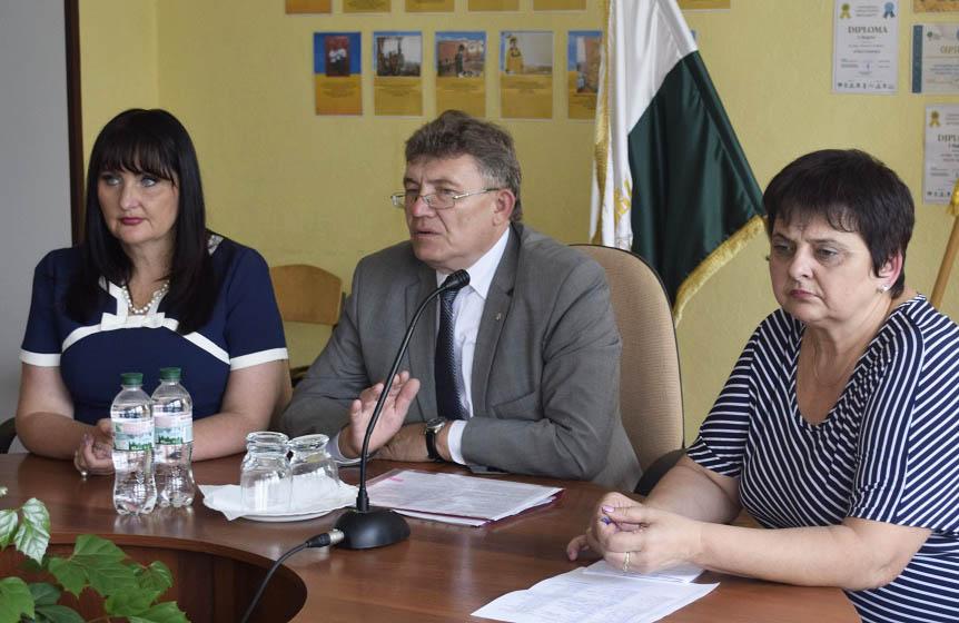 Олена Харченко, Микола Кучинський, Тетяна Закапко