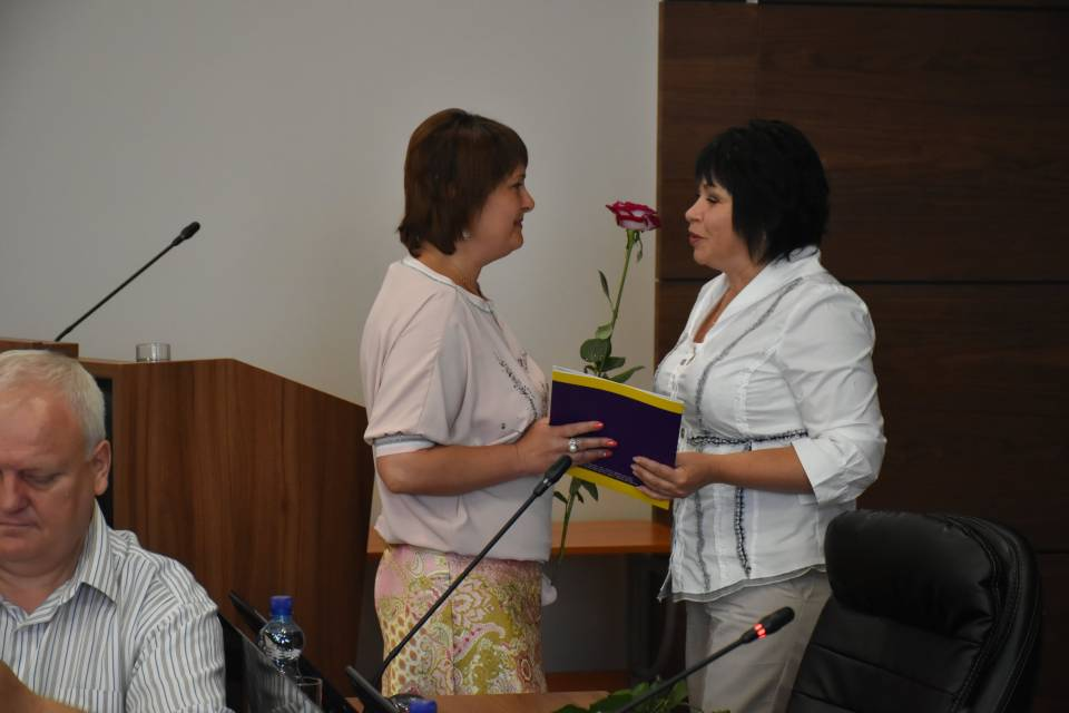 Ірина Богуш (праворуч)