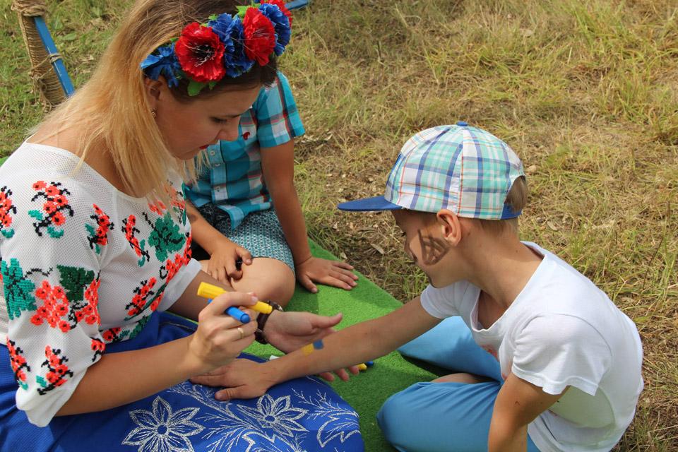 У Щербанях поєднали святкування Дня Конституції з Днем молоді-