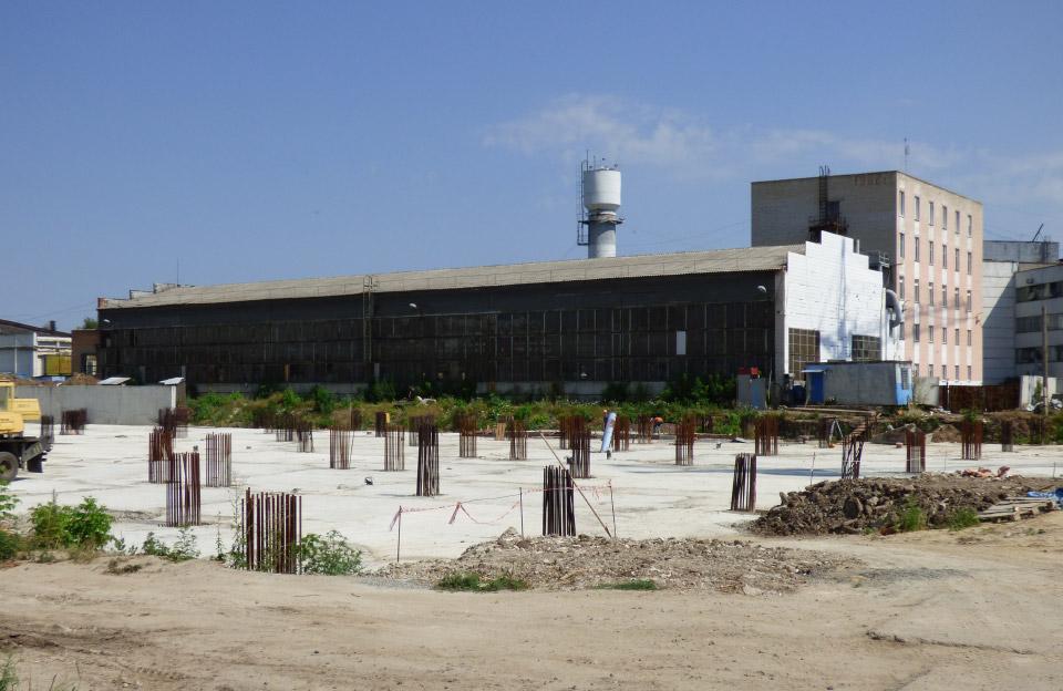 На місці двох демонтованих корпусів заводу побудують багатоповерхівку