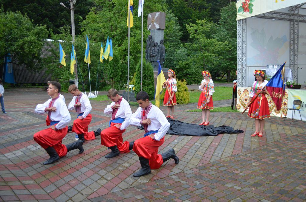 На Всеукраїнських змаганнях Полтавщину представляла команда «Засульська чайка»