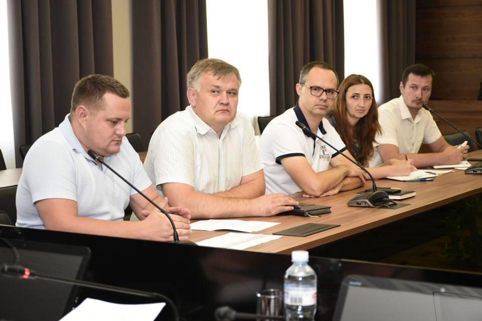 Учасники засідання