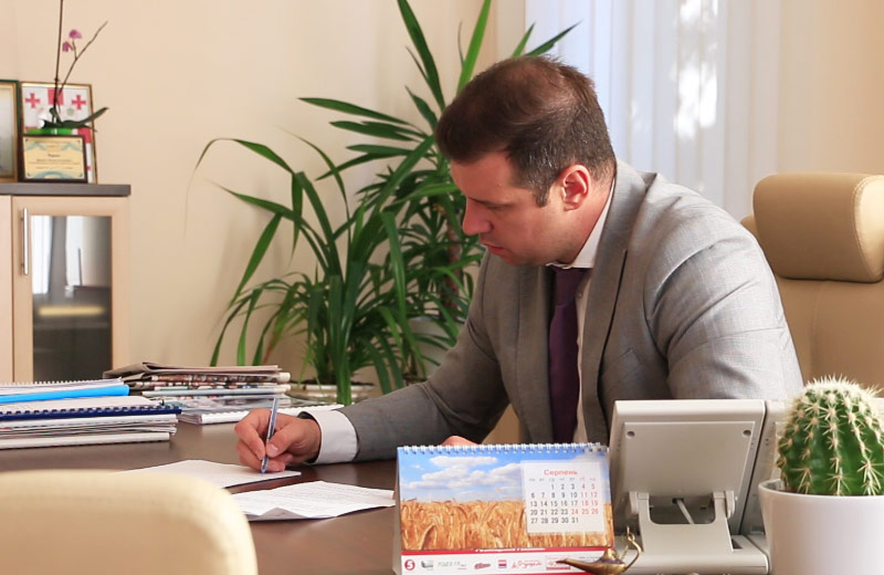 Олександр Шамота на робочому місці