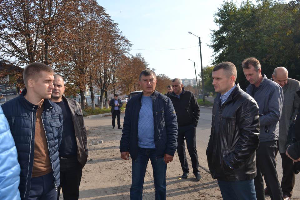 Олексій Чепурко дає установки під час об'їзду Полтави