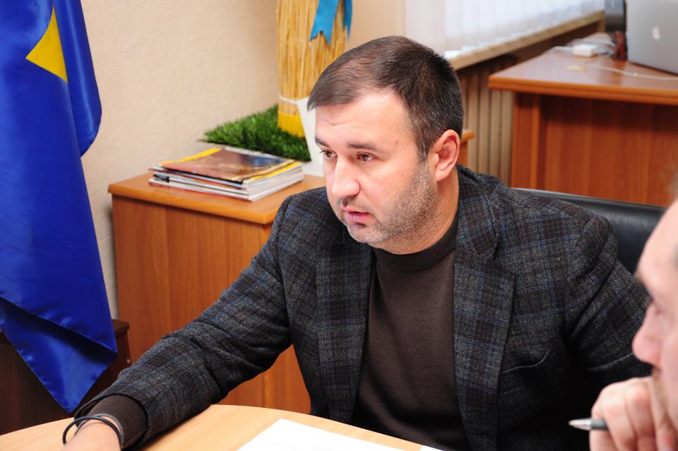 Заступника голови Полтавської ОДА Роман Товстий