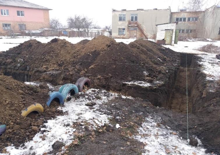 Початок будівництва амбулаторії в с. Божківське