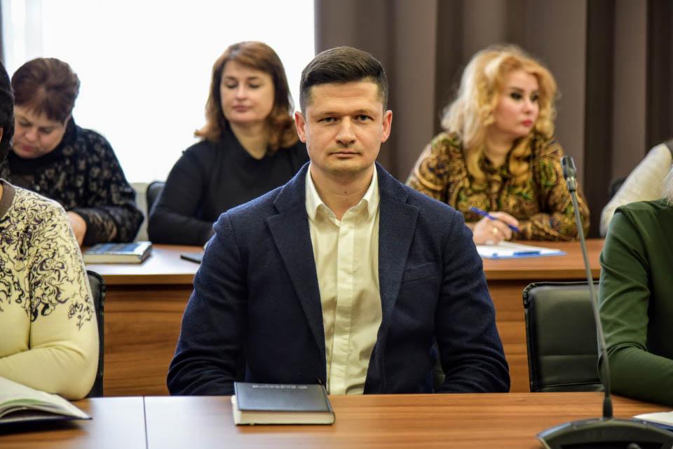 Максим Брикульський