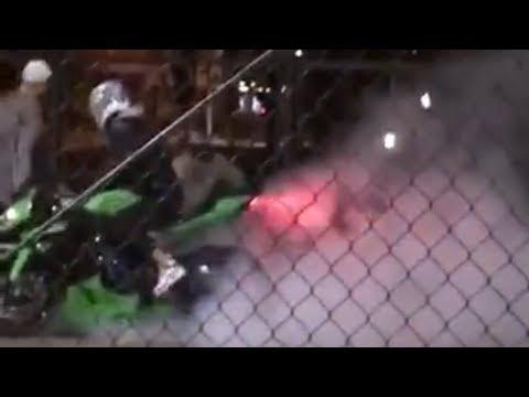 У Полтаві мотоцикліст пошкодив покриття нового баскетбольного майданчика