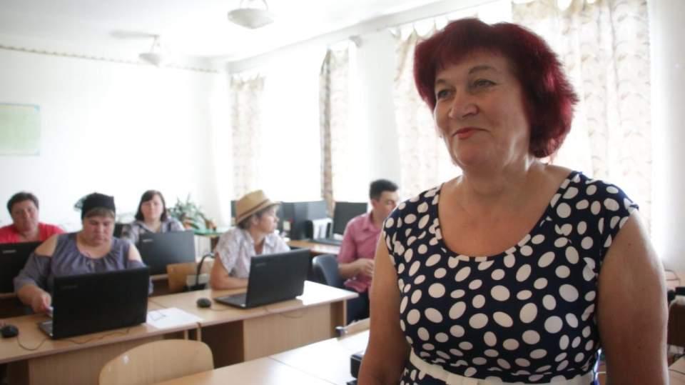 Катерина Лисак, завуч Великокринківської школи — теж проходить навчання
