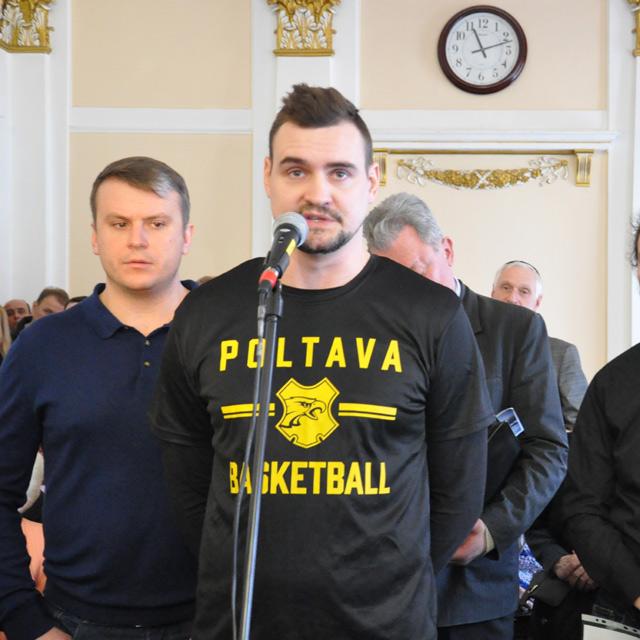 Денис Поліщук та Павло Нагорний під час сесії міської ради 19 лютого 2019 року