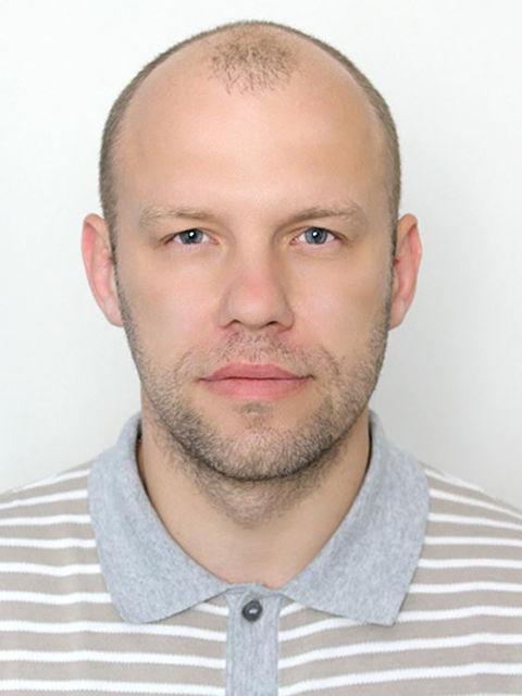 Євген Ніколаєнко