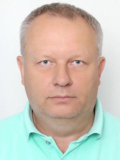 Володимир Разнов