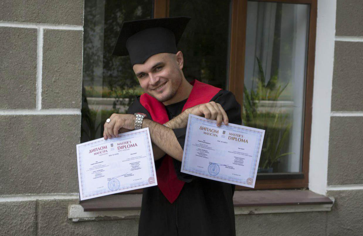 Андрій Рак отримав два дипломи магістра