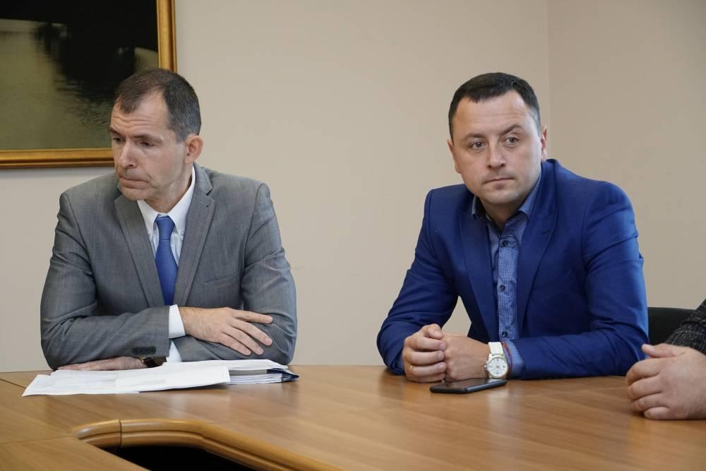 Голова Коломацької ОТГ Євген Почечун (праворуч) — серед засновників ГО