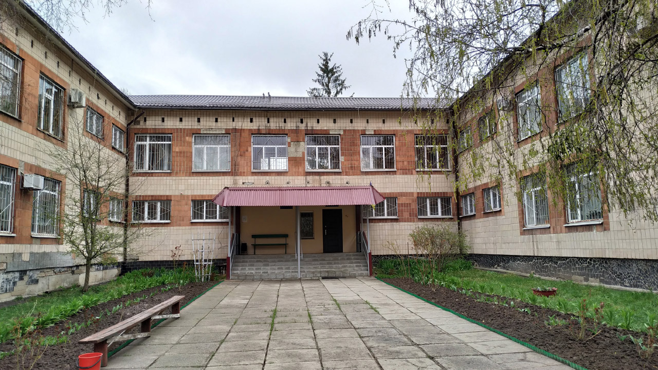 Будівля колишнього дитсадка — нині Київський районний суд Полтави