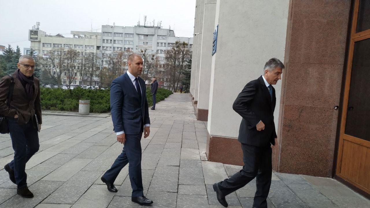 Олег Синєгубов прибув до будівлі Полтавської ОДА