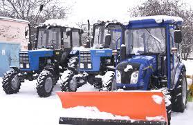 Сергій Каплін придбав для Полтави нову комунальну техніку - трактори, Газелі, автовишки, навісне для прибирання снігу і тд.