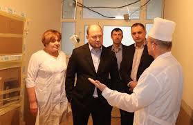 Сергій Каплін замінив тисячі вікон в закладах освіти та медицини міста, відремонтував фасад обласної библіотеки, ремонтував школи та будував амбулаторії по всій області