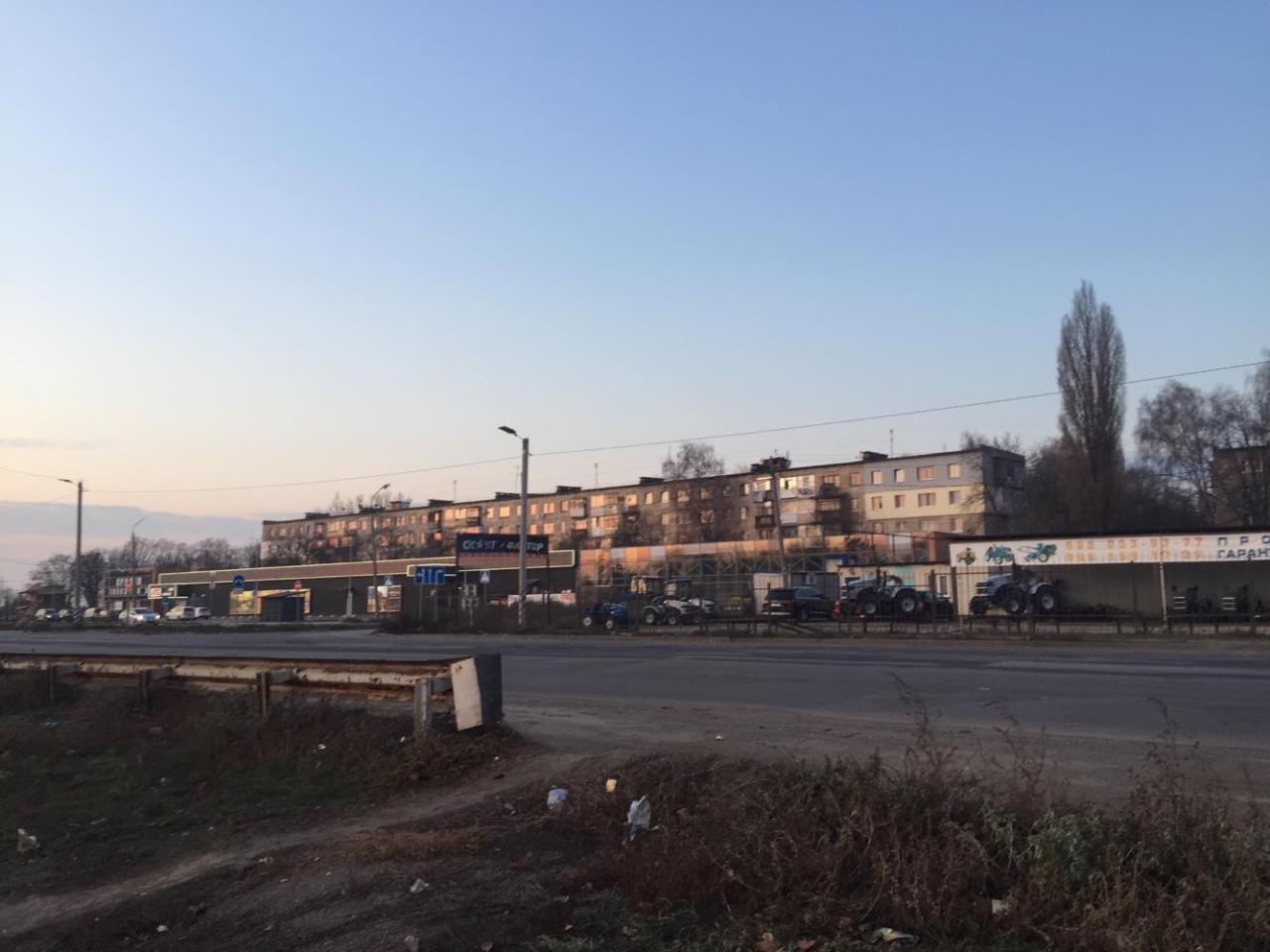 Київске шоссе, депутати дозволять будувати заправку, склади, магазини і багатоповерхівки. Все за хабар 100 000 дол.