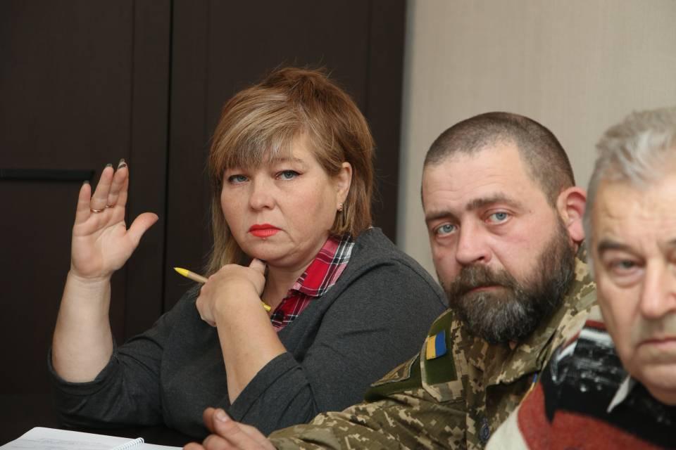 Представники с. Вороніна Лариса Карпова та с. Вакуленці Анатолій Білецький