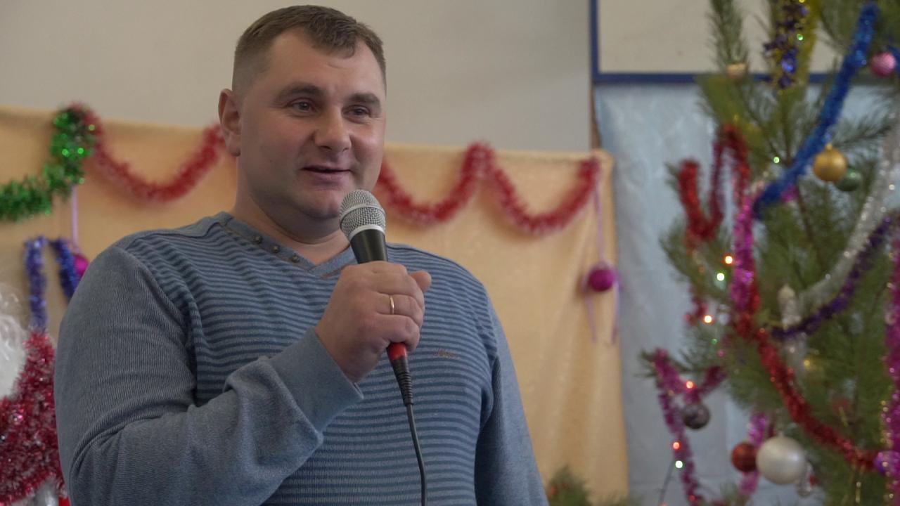 Заступник генерального директора з земельних та соціальних питань Володимир Коряк