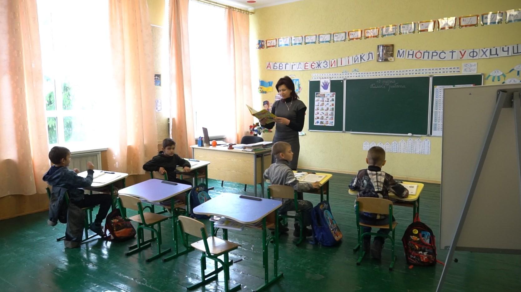 У класах тепло та затишно
