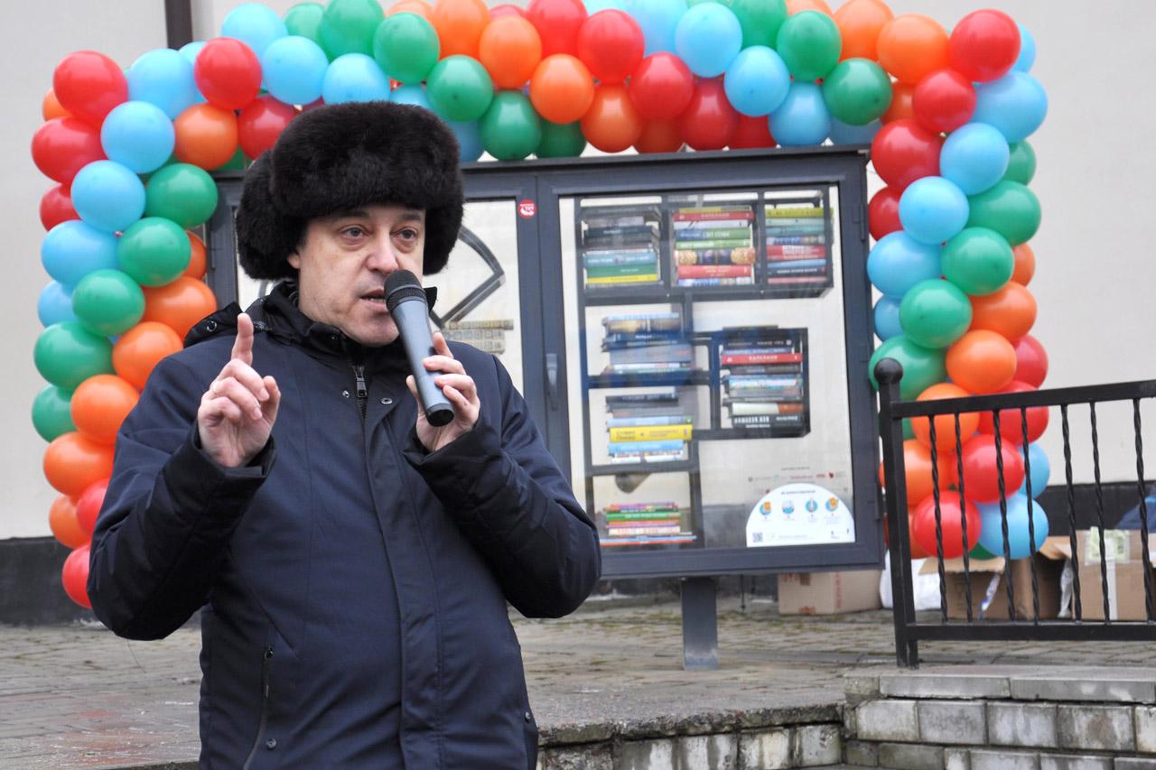 Промовляє Олег Пустовгар