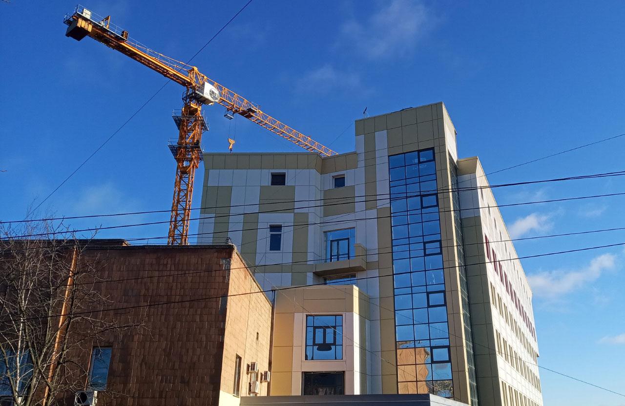 Будівництво нового корпусу Полтавського обласного кардіологічного диспансеру