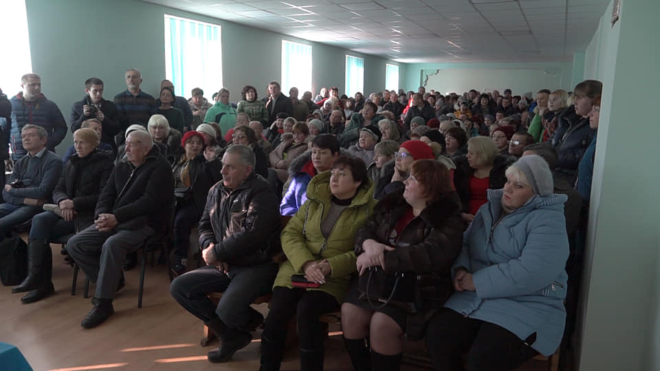 Збори у Коломацькому стосовно недопущення приєднання до Новоселівки