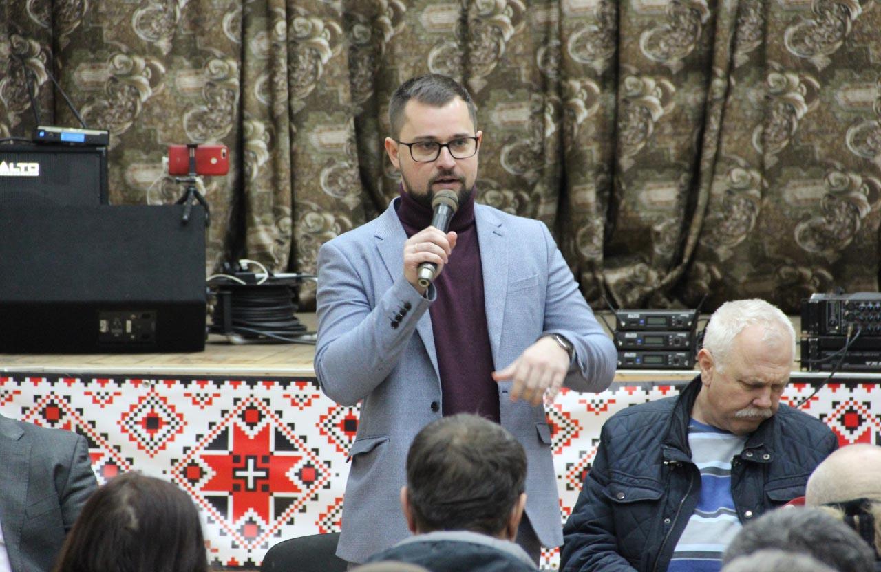 Ксенжук Іван - помічник народного депутата