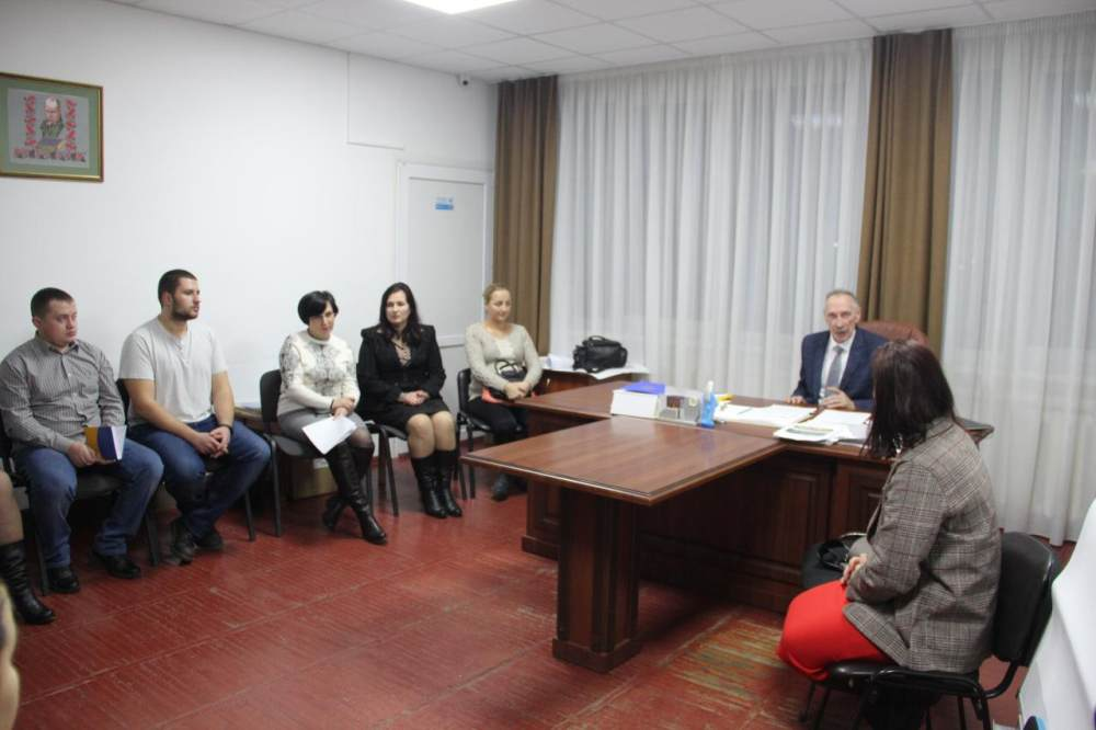 За розпорядженням сільського голови Ігора Процика створили ініціативну групу з підготовки проведення установчих зборів Молодіжної ради