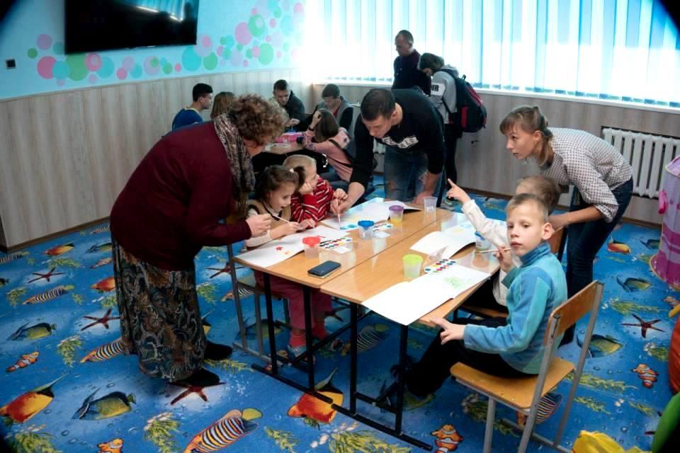 Працівники «Добробуту» з вихованцями центру у листопаді