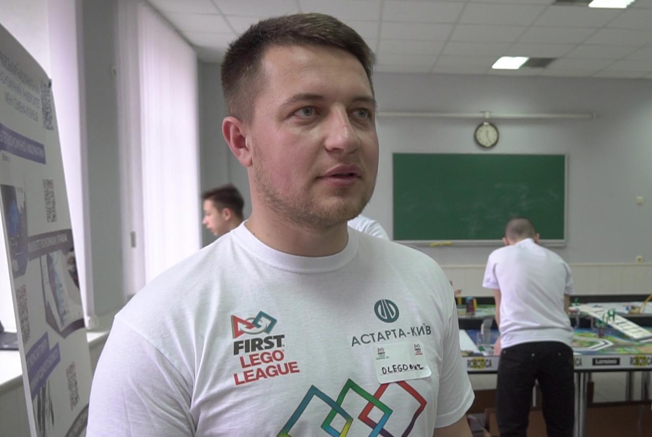 Тренер команди Микола Хаперський