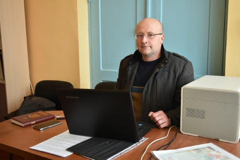 Директор Ковалівської школи Ігор Діхтяренко