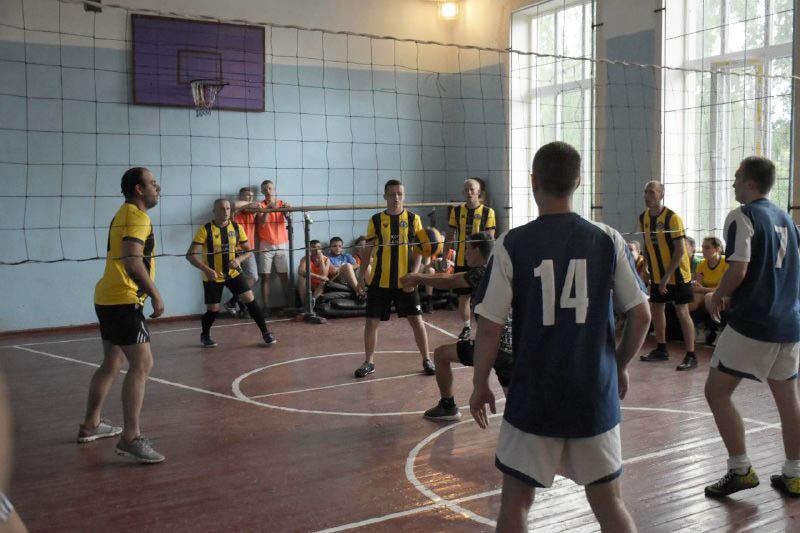 Чоловіча волейбольна команда