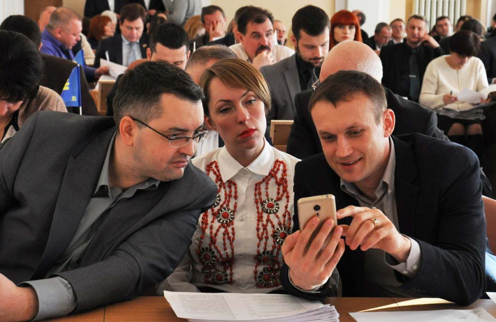 Депутати М. Голдиш, І. Климко та В. Медяник