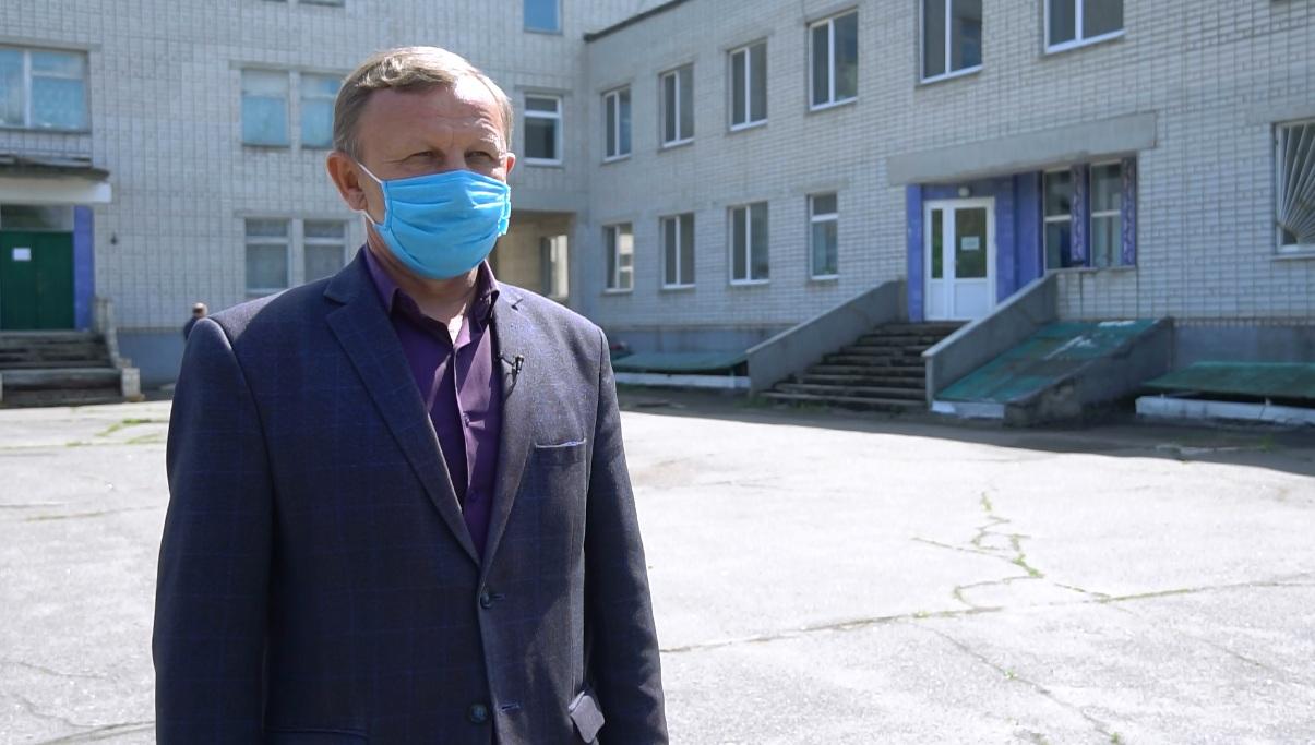 Голова Семенівської районної ради Віктор Юрченко